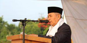 Bupati Kabupaten Ogan Komering Ulu Drs. H. Kuryana Azis saat memberikan kata sambutan di sholat Idul Adha 1440 Hijriyah 2019 M.